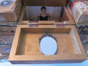 Sewing Box Em & Mirror